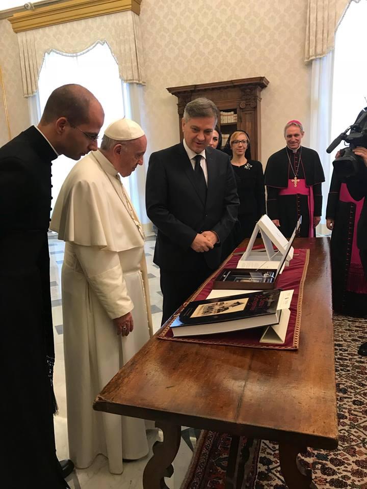 Predsjedavajući Zvizdić u audijenciji kod pape Franje