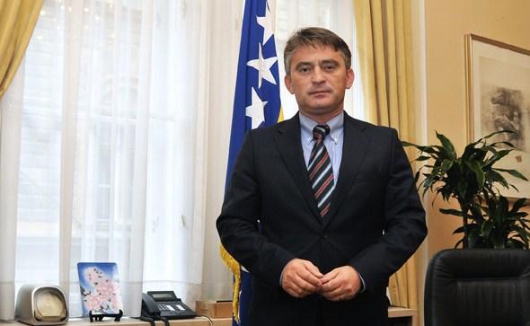 Željko Komšić u Livnu: HDZ-ov izborni zakon je diskriminatorski i anticivilizacijski