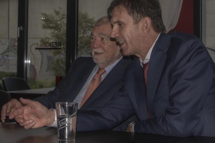 Delegacija bivšeg predsjednika Hrvatske Stjepana Mesića na poziv privrednih i diplomatskih subjekata boravila u Njemačkoj