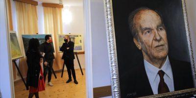 """Izložba """"Moj bijeg u slobodu"""" povodom godišnjice smrti prvog predsjednika Predsjedništva RBiH Alije Izetbegovića"""