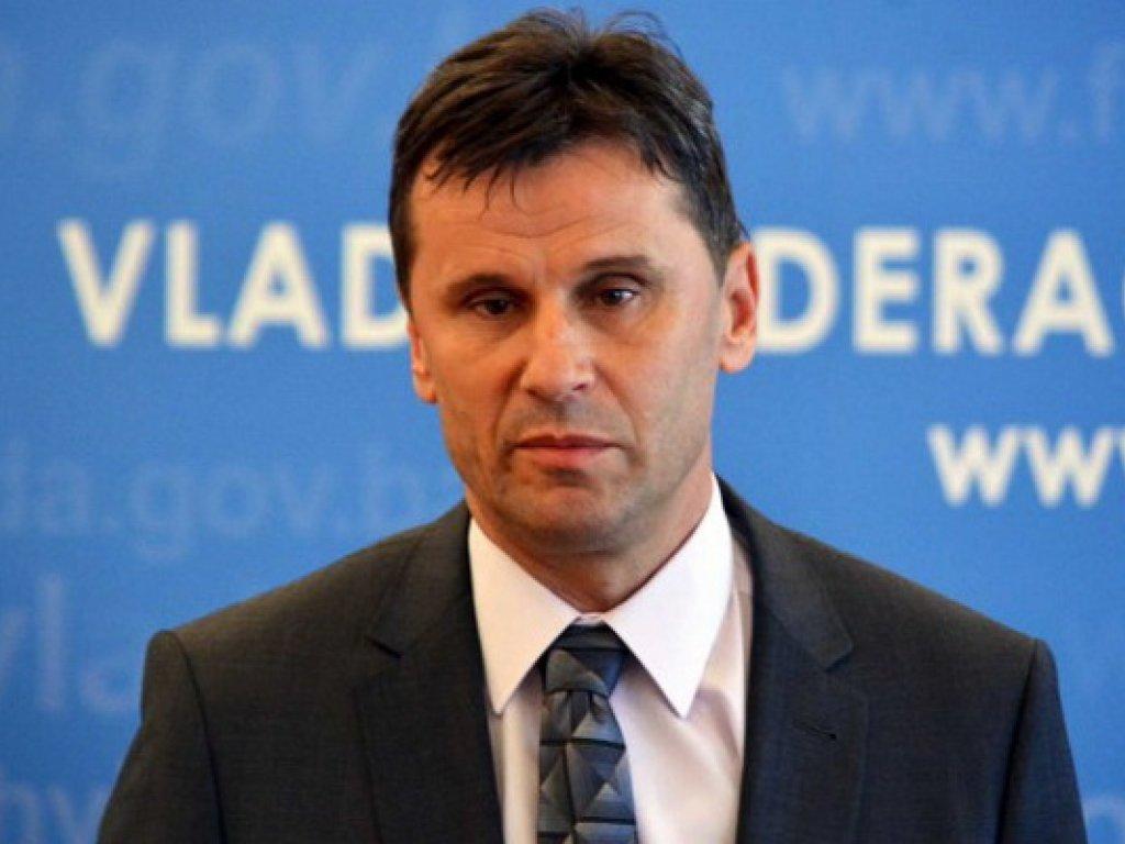 Premijer Novalić: Budžetom je predviđeno 10 miliona za subvencioniranje kupovine stanova.