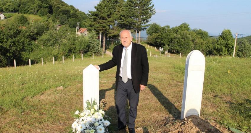 """OHR: Visoki Predstavnik Valentin Inzko donio odluku o stupanju na snagu zakona koji zabranjuje negiranje genocida i """"veličanje"""" presuđenih za ratne zločine"""